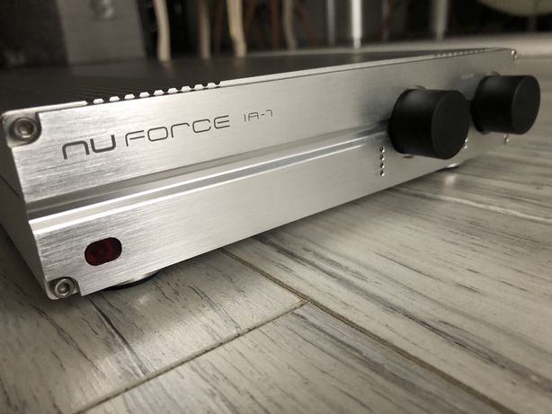 Wzmacniacz NuForce IA-7, nie Marantz, Luxman, Sansui