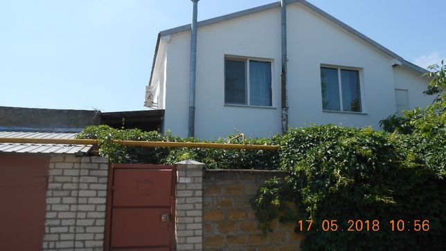 Двухэтажный дом на Рабочем