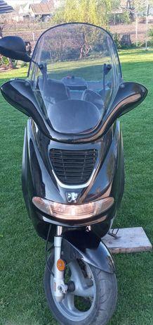 Продам скутер PEUGEOT (Elyséo) 150 см³