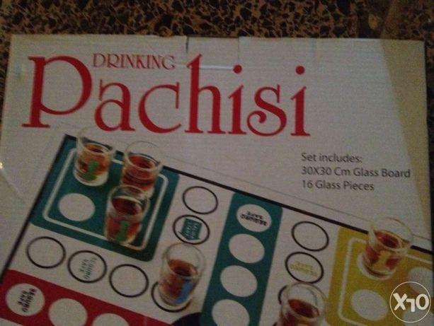 Pachisi drinking game - jogo de tabuleiro