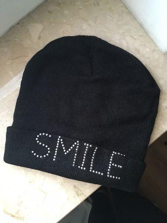 Czarna czapka smile unisex damska rozciągliwa kropeczki oversize s-m