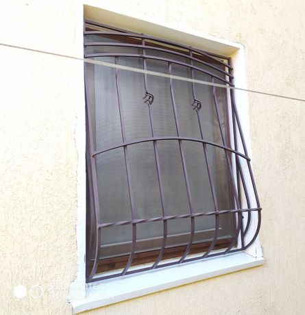 Решётки на окна любой сложности.