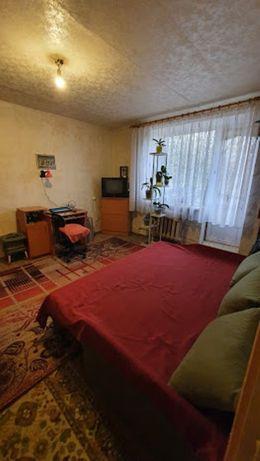 Продам однокомнатную квартиру в кирпичном спецпроекте возле Сити Центр