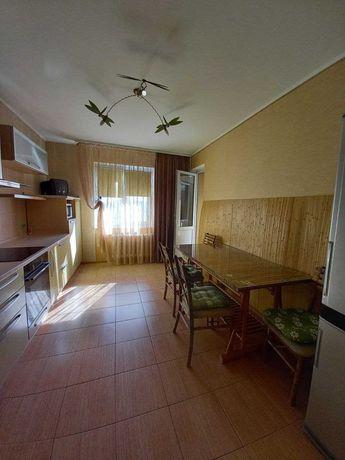 Продается 2к. квартира, Троещина, ул. Милославская 45, без комиссии