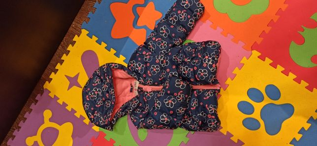 Детская куртка на 12-18 месяцев