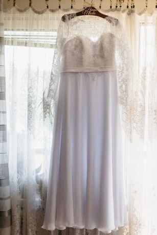 suknia slubna 40-42, muslin koronka dlugi rekaw