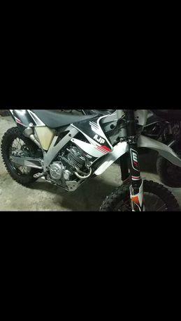 AJP PR5 Enduro 250cc - Matriculada