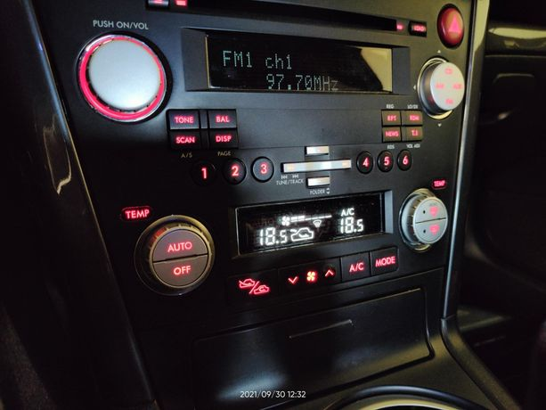 Radio Subaru Legacy IV