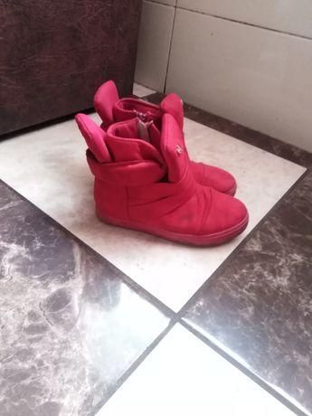 Дитячі черевички..