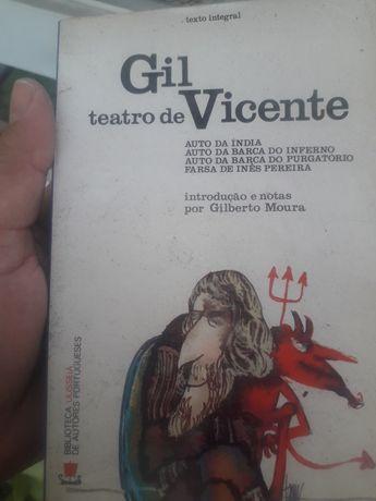 Livros de literatura  Nacional e internacional