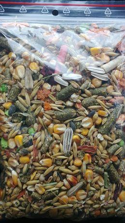 Roczny zapas-karma dla myszoskoczków, gerbili, gratis, chomików,świnek
