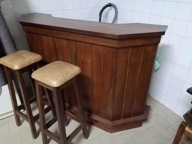 Móvel Bar em madeira
