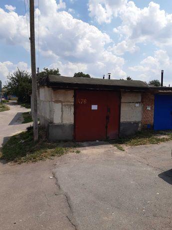 Продам капитальный гараж для микроавтобуса в пос. Горном
