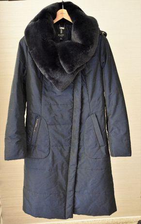 Зимнее пальто с натуральным мехом Basic Editions, р.48