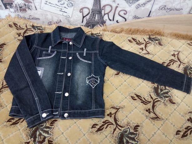 Джинсовая куртка для девочки подростка, 42 р.