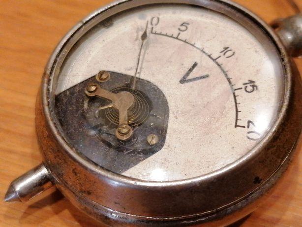 Antigo medidor voltagem carro tipo relógio