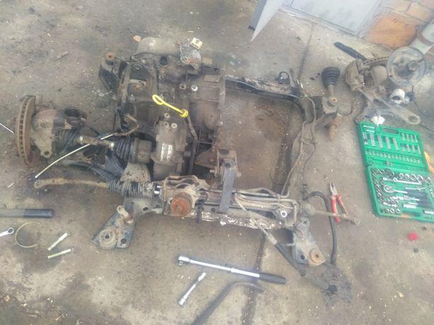 мотор, рейка, стойка, бампер, капот Ford mondeo 1995