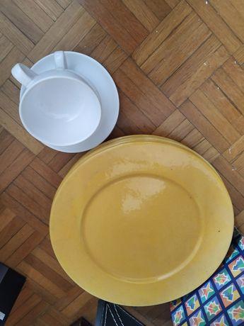 4 pratos amarelo e 2 conjunto de chávena DOAÇÃO