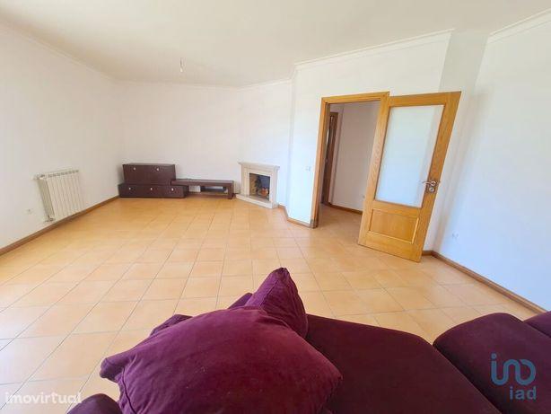 Apartamento - 92 m² - T3