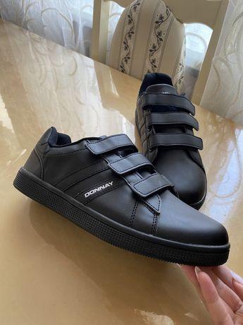 Чоловічі кросовки Donnay
