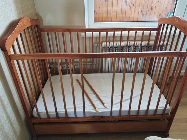 Продам кроватку Drewex kolorino