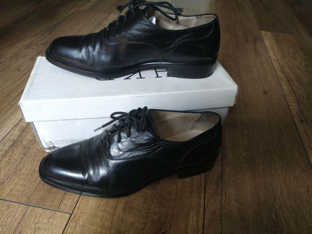 Buty  skórzane na Komunie dla chłopca rozm. 36