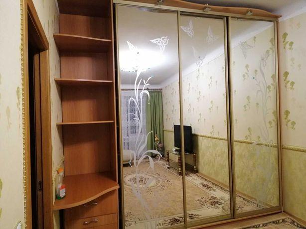 Комната 1 человеку, ул. Ахматовой 4, метро Позняки, Харьковск  пешком.