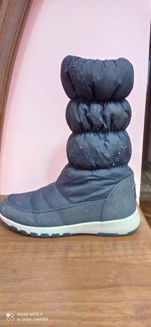 Продам зимові чобітки 36 розмір
