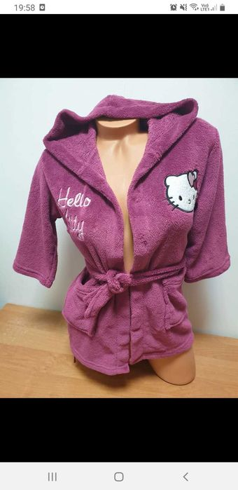 Szlafrok Hello Kitty r.116 cm. Tarnobrzeg - image 1