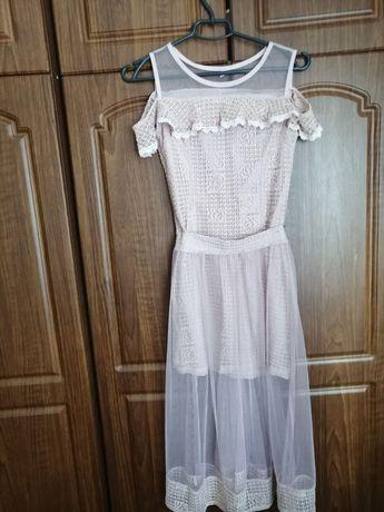 Продається сукня