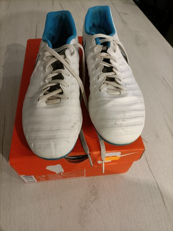 Korki NikeTiempo 42.5