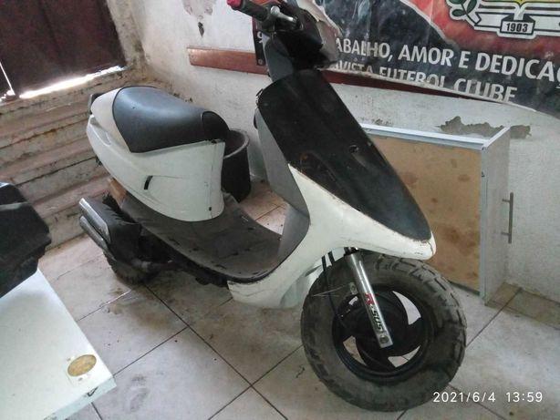 Scooter Cagiva City para peças, sem documentos