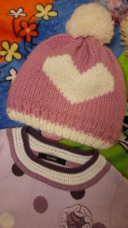Тёплая шапочка девочке 3 - 4 года