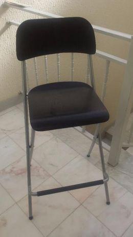 Cadeira pé alto da IKEA