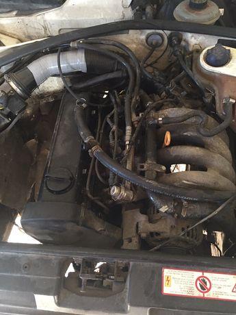 Стартер,генератор,насос гур,коробка передач,рейка ауді а4 1.6 розборка