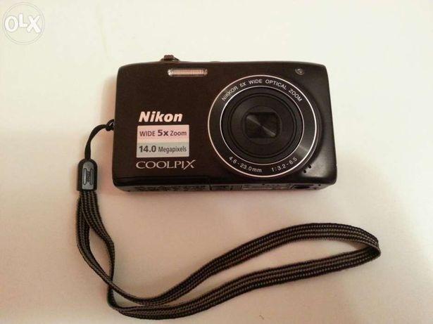 Продам фотоаппарат Nikon S3100