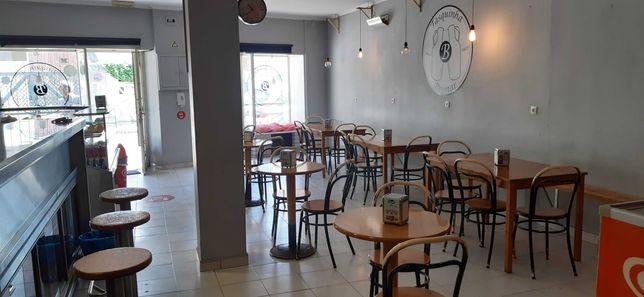 Café snack/bar em São João do Estoril