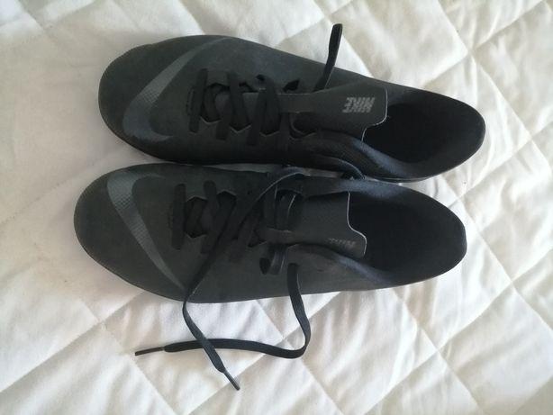 Chuteiras Nike Tamanho 38,5