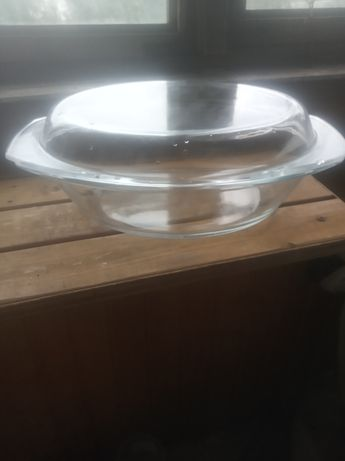 Стеклянная термостойкая кастрюля 2.5 литра