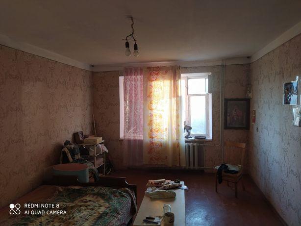 Продам 4-комнатную киевскую квартиру не Энгельса