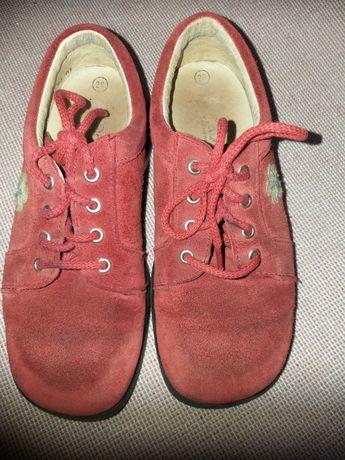 Туфли  на девочку натуральные
