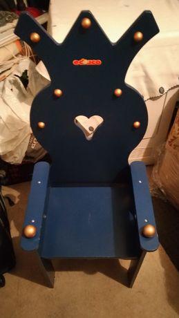Cadeira de criança da marca Educo