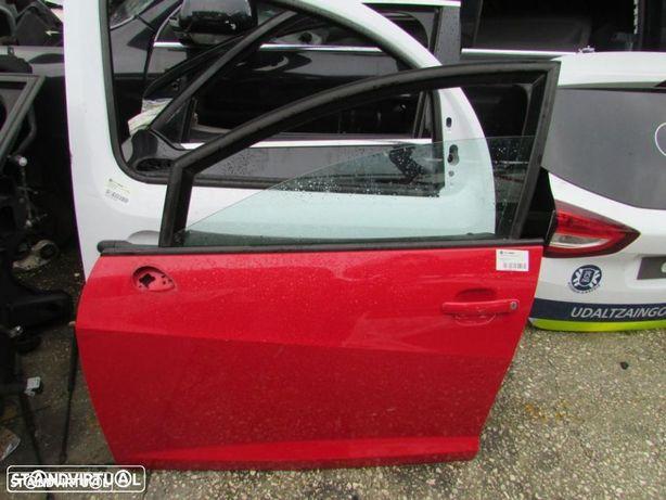 Porta Frente Esquerda Seat Ibiza FR do ano 2008