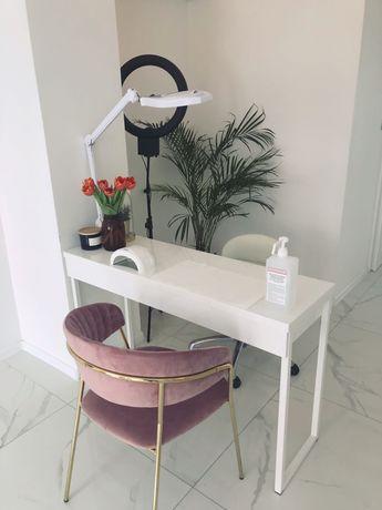 Nowe stanowisko kosmetyczne, manicure, salon w CENTRUM