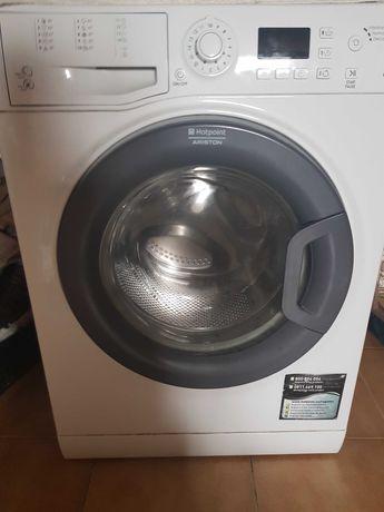 Maquinas de lavar com o tambor partido