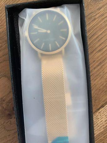 Relógio Hannah Martins