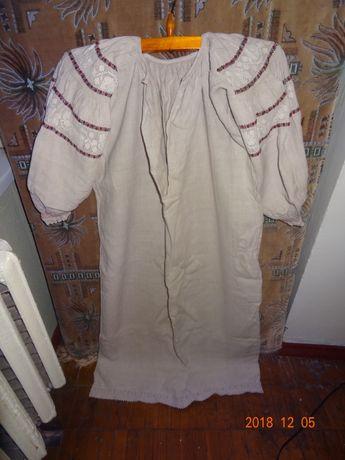 Старовинна вишивана конопляна сорочка