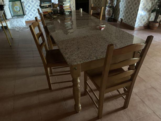 Mesa com pedra marmore
