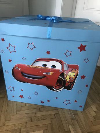 Коробка для воздушных шариков и подарка