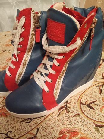 Кросівки снікерси 40р.